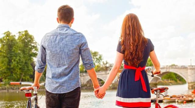 Kenali Bahasa Cinta Pasangan anda