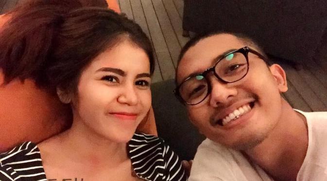 Istri Uus Dibanjiri Komentar Pamer Foto Ciuman Di Instagram