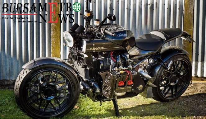 Motor Besar Seram Ini Ditanami Mesin Mobil Sport WRX
