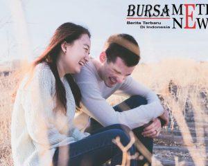 Manfaat Beda Hobi dengan Pasangan Bikin Hubungan Makin Sweet Lho