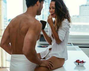 Coba Quickie Sex dengan Pasangan