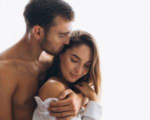 Saat Pasangan Ragu Berhubungan Seks