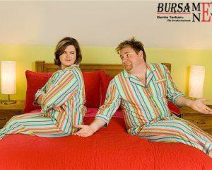 http://www.bursametronews.com/5-posisi-bercinta-ini-cocok-untuk-suami-istri-yang-bertubuh-gemuk/